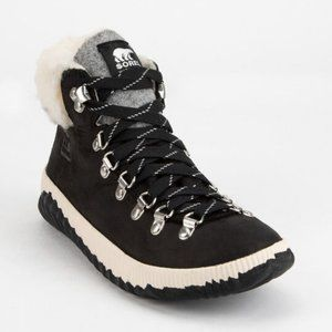 Sorel Out N About Plus Conquest Hiking Booties